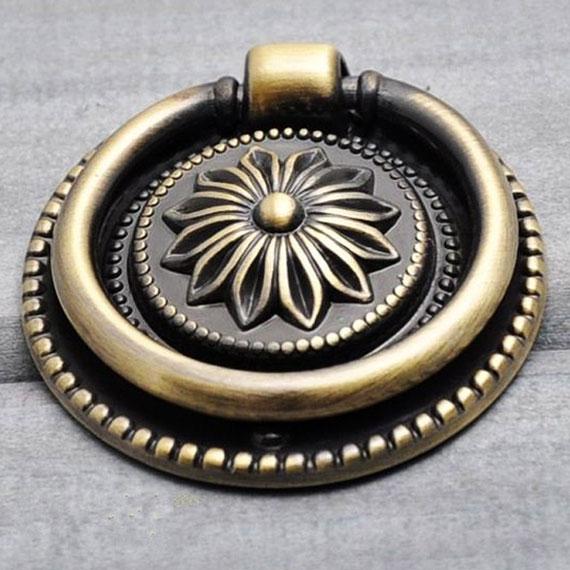 Ручка-кольцо, бронза