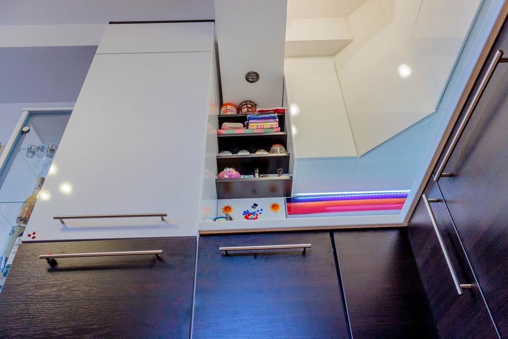Пенал - самый вместительный и удобный шкаф на Вашей кухне