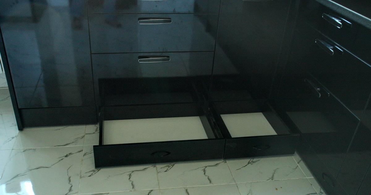 В гарнитуре используется самая надежная и качественная фурнитура Blum