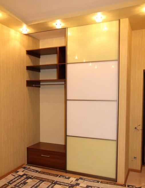 Современный и стильный шкаф купе