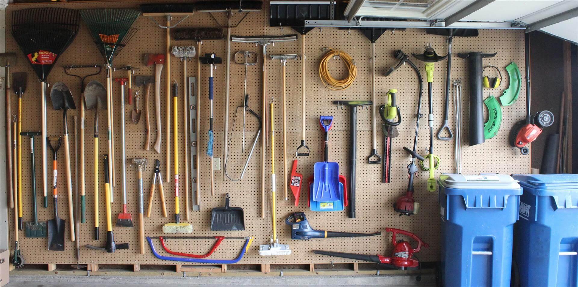 Хранение инструмента в гаража своими руками фото